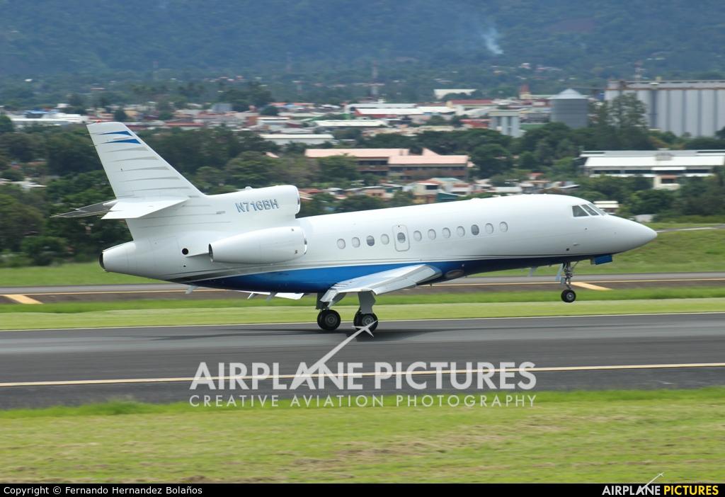 Private N716BH aircraft at San Jose - Juan Santamaría Intl