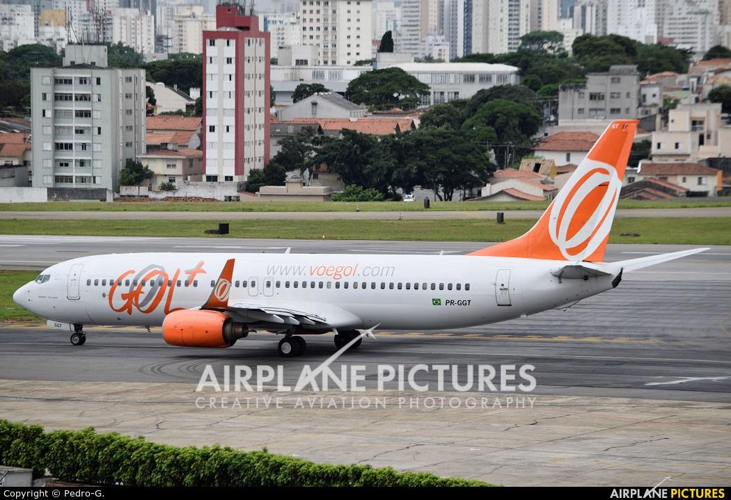 GOL Transportes Aéreos  PR-GGT aircraft at São Paulo - Congonhas
