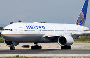 N215UA - United Airlines Boeing 777-200 aircraft