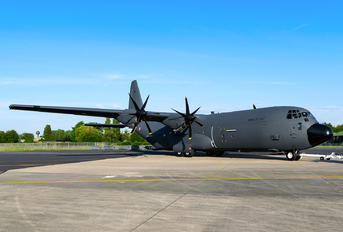 F-RAPP - France - Air Force Lockheed C-130J Hercules