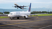 N14214 - United Airlines Boeing 737-800 aircraft