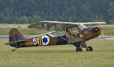 SP-MAM - Private Piper J3 Cub