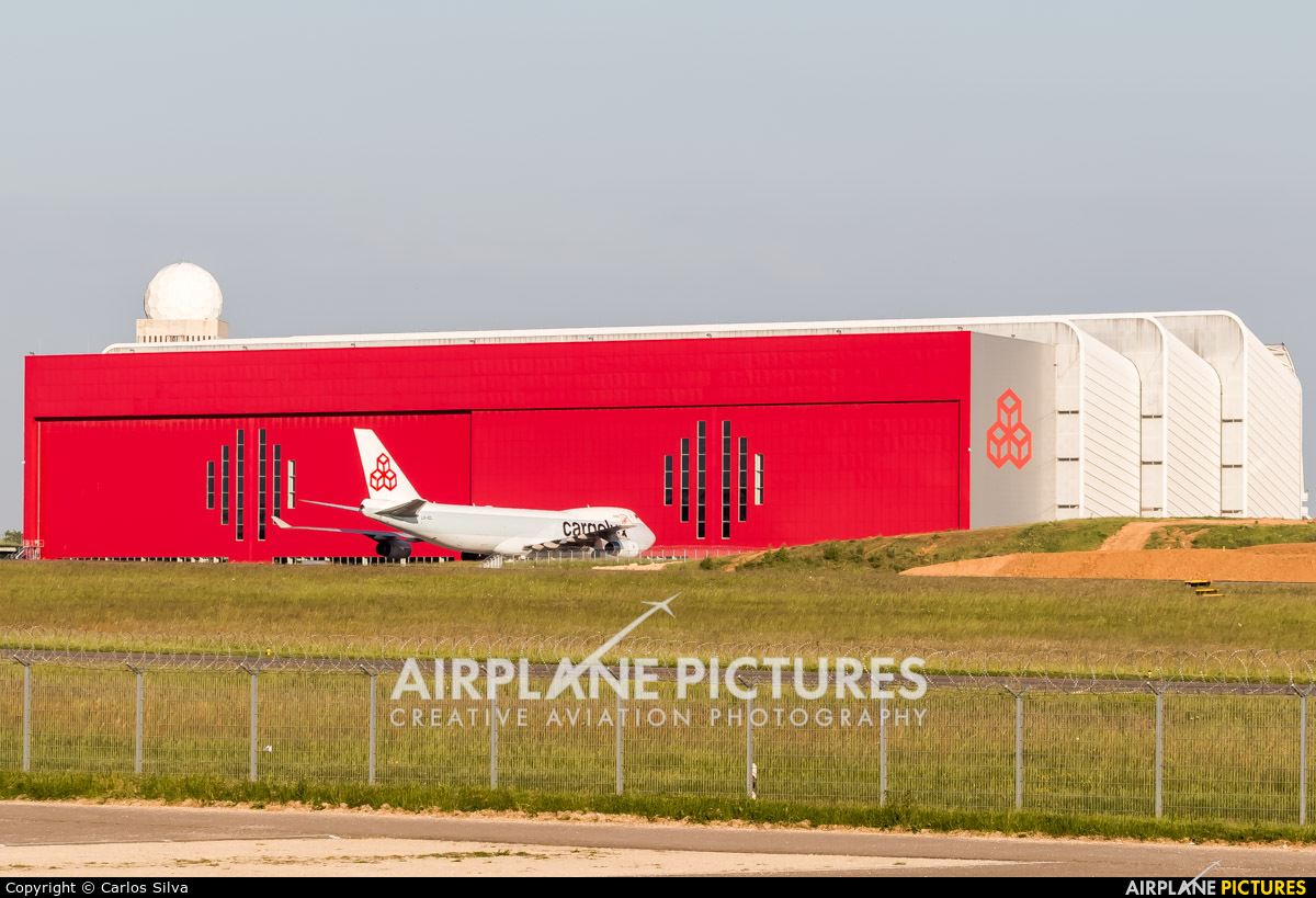 - Airport Overview - aircraft at Luxembourg - Findel