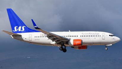 LN-TUJ - SAS - Scandinavian Airlines Boeing 737-700