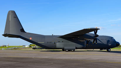 2/61-PP - France - Air Force Lockheed C-130J Hercules