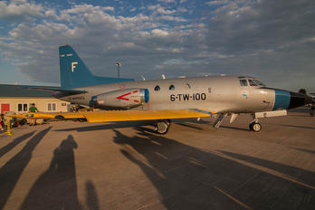 165523 - USA - Navy North American T-39A Sabreliner