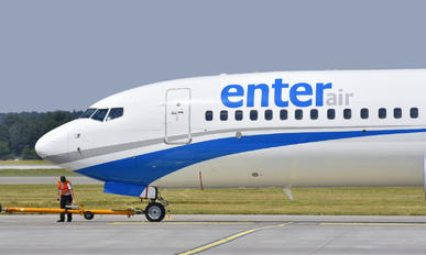 SP-ENR - Enter Air Boeing 737-800