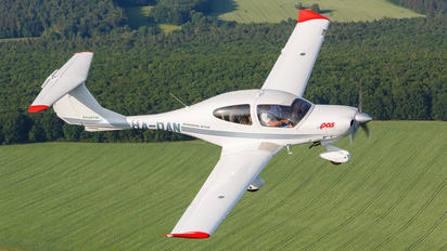 HA-DAN - JetAge Diamond DA 40 Diamond Star