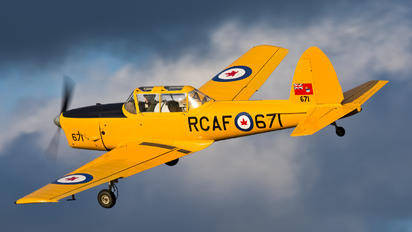 G-BNZC - The Shuttleworth Collection de Havilland Canada DHC-1 Chipmunk