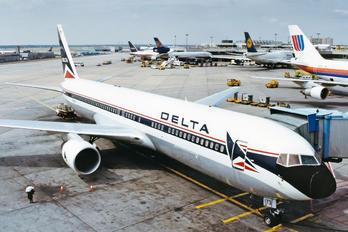 N173DN - Delta Air Lines Boeing 767-300ER