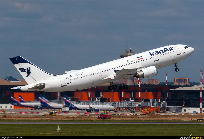 Iran Air EP-IBC aircraft at Moscow - Sheremetyevo