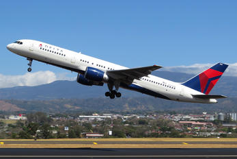 N668DN - Delta Air Lines Boeing 757-200