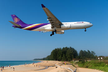 HS-TER - Thai Airways Airbus A330-300