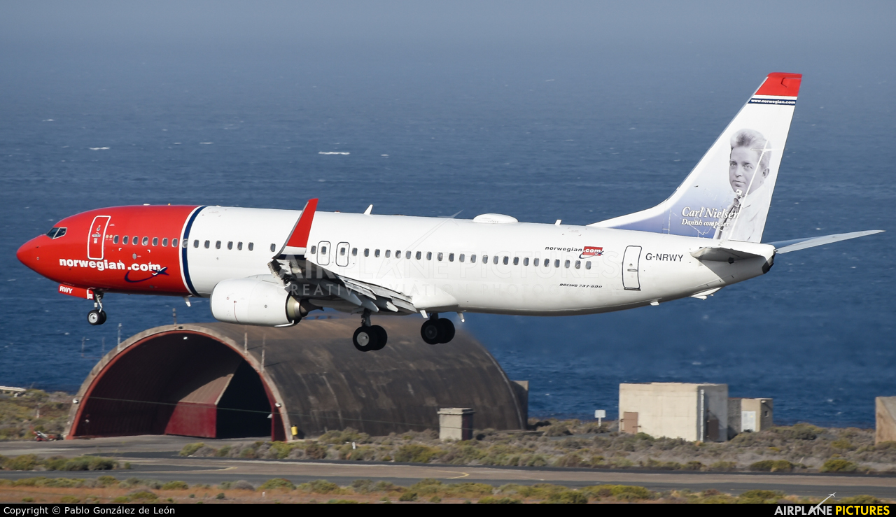 Norwegian Air Shuttle G-NRWY aircraft at Aeropuerto de Gran Canaria