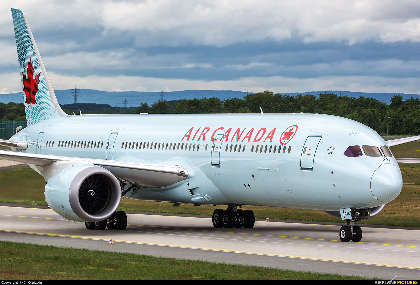 Air Canada C-FRSE aircraft at Frankfurt