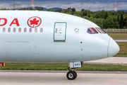 Air Canada C-FRSE image
