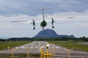 LN-WFT - Widerøe de Havilland Canada DHC-8-300Q Dash 8 aircraft