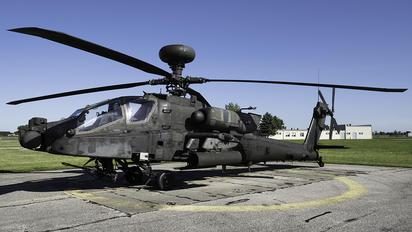 04-05467 - USA - Army Boeing AH-64 Apache