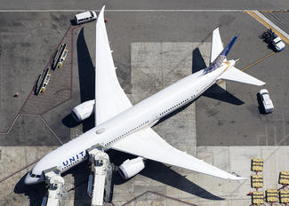 N26952 - United Airlines Boeing 787-9 Dreamliner