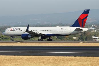 N6710E - Delta Air Lines Boeing 757-200