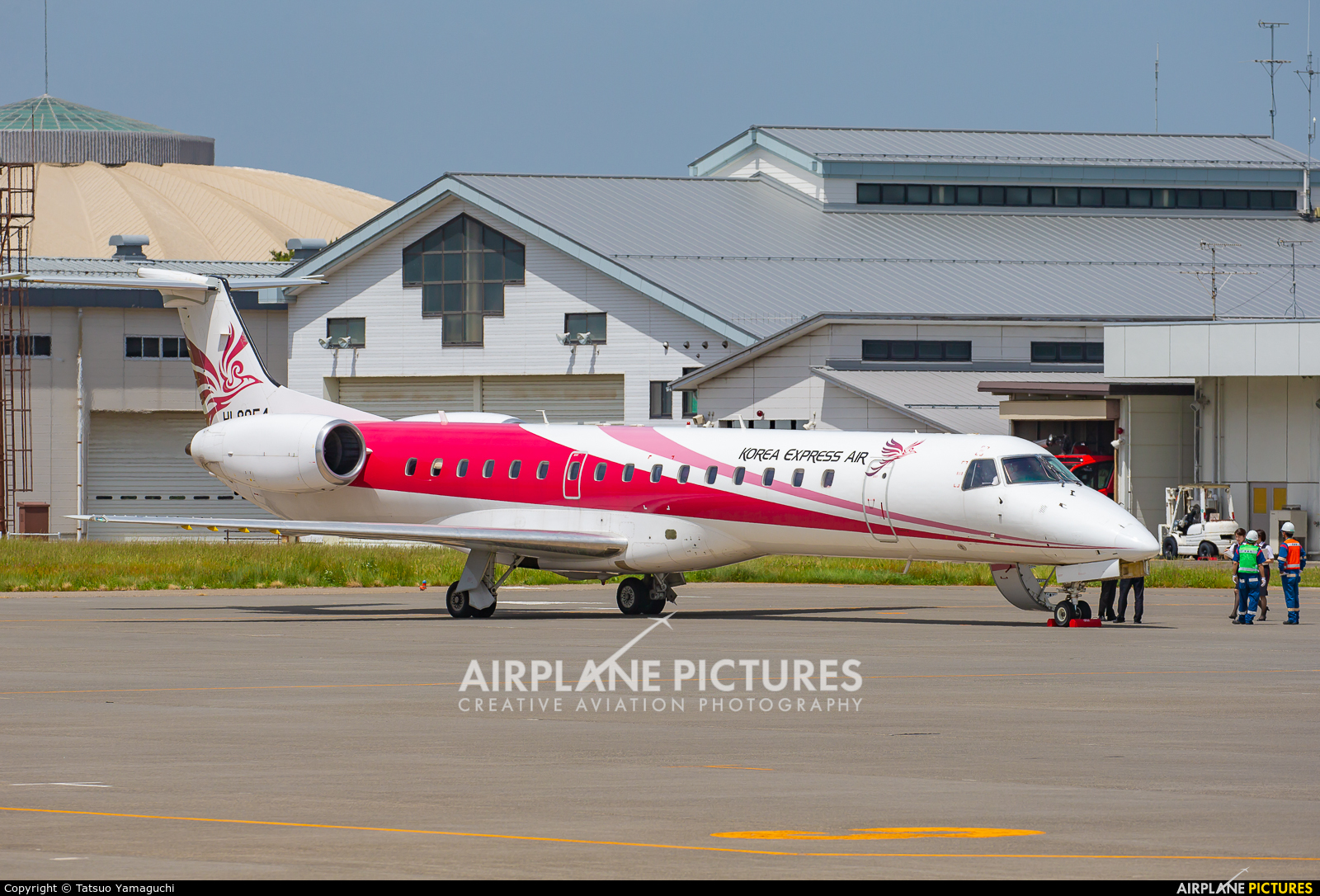 Korea Express HL8054 aircraft at Shinshu - Matsumoto