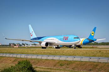 PH-OYI - TUIfly Boeing 767-300ER