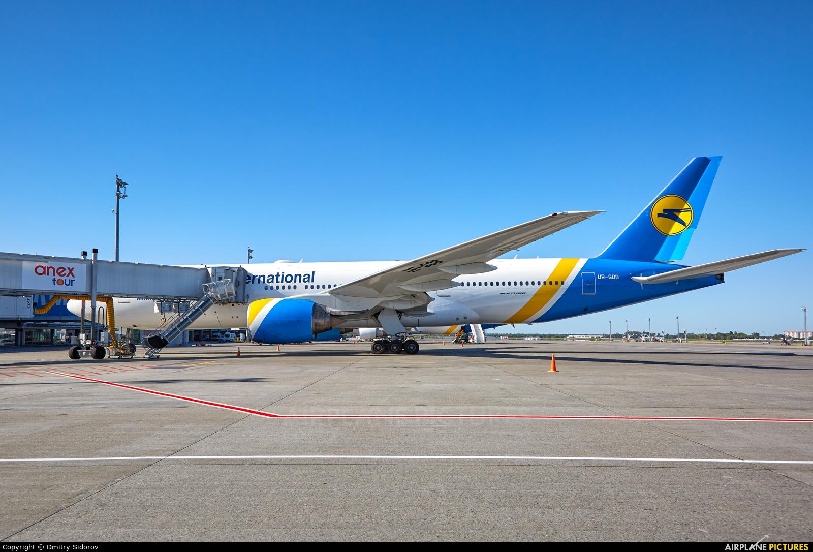 Ukraine International Airlines UR-GOB aircraft at Kiev - Borispol