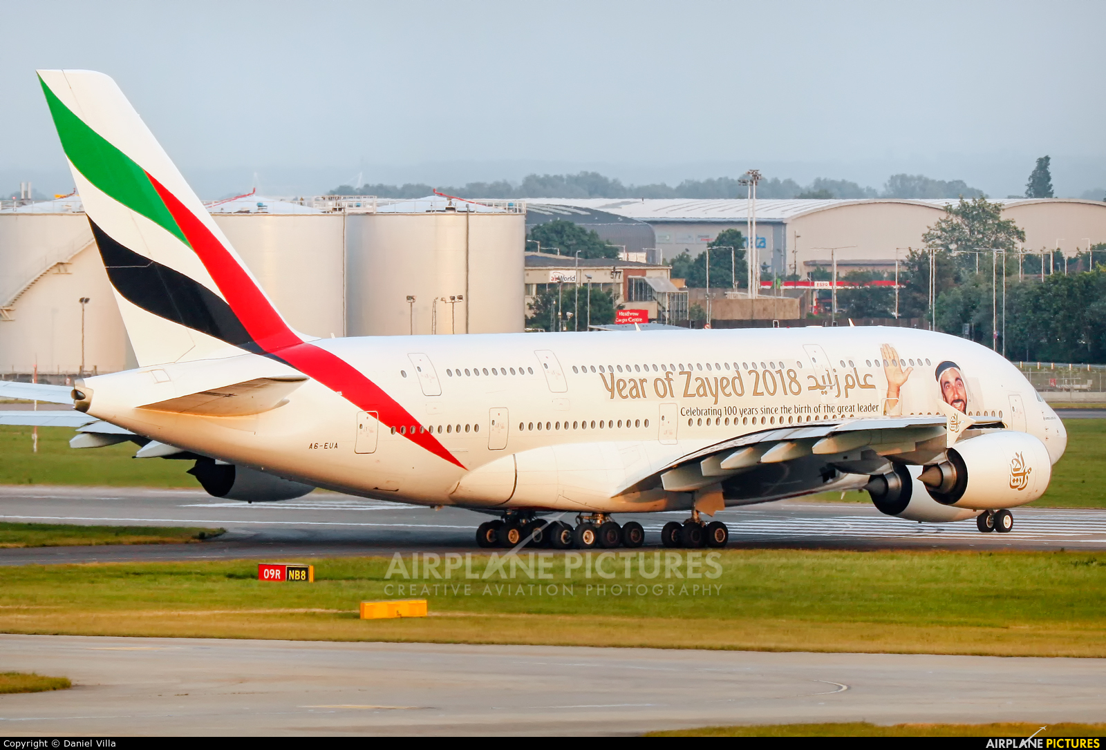 Emirates Airlines A6-EUA aircraft at London - Heathrow