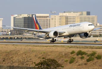 RP-C7778 - Philippines Airlines Boeing 777-300ER