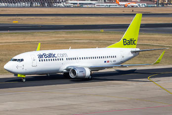 YL-BBI - Air Baltic Boeing 737-300