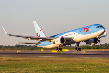 G-OBYH - TUI Airways Boeing 767-300ER
