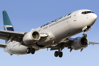 C-FRWA - WestJet Airlines Boeing 737-800