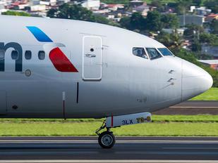 N957NN - American Airlines Boeing 737-800