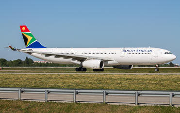 ZS-SXI - South African Airways Airbus A330-300