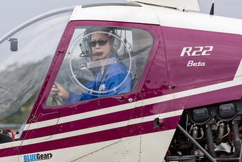 JA7864 - Private Robinson R22