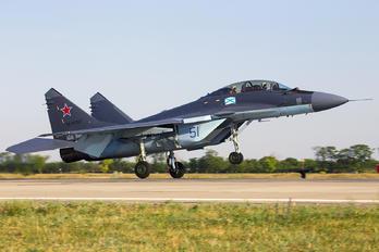 51 - Russia - Navy Mikoyan-Gurevich MiG-29KUB