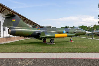 21+64 - Germany - Air Force Lockheed F-104G Starfighter