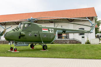 27 - Hungary - Air Force Mil Mi-4