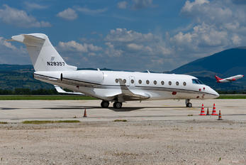 N28357 - Private Gulfstream Aerospace G280