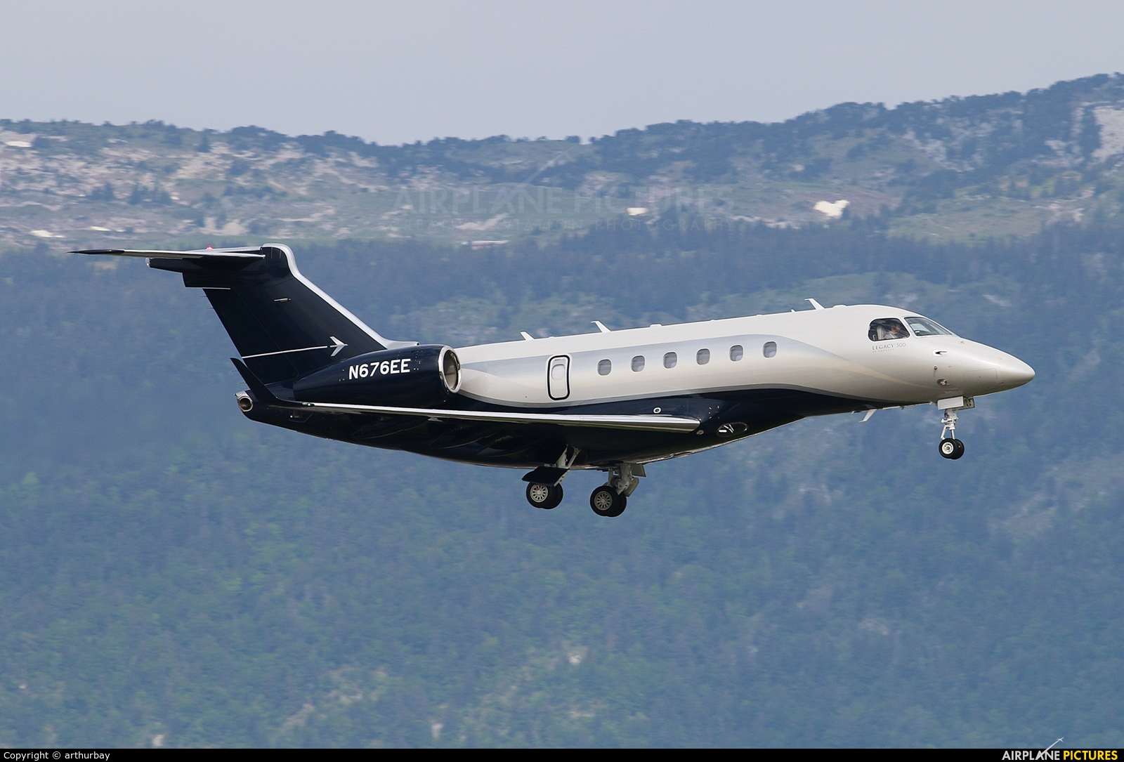 Embraer Executive Aircraft Inc N676EE aircraft at Geneva Intl