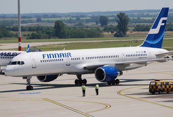 OH-LBV - Finnair Boeing 757-200