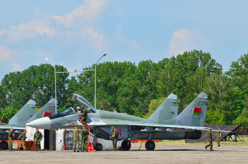 14 RED - Belarus - Air Force Mikoyan-Gurevich MiG-29