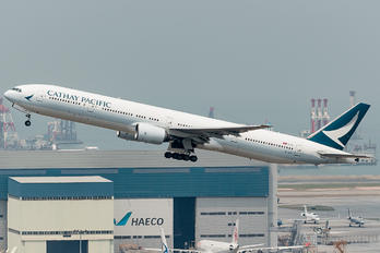 B-HNP - Cathay Pacific Boeing 777-300