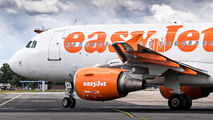 OE-LQT - easyJet Europe Airbus A319 aircraft