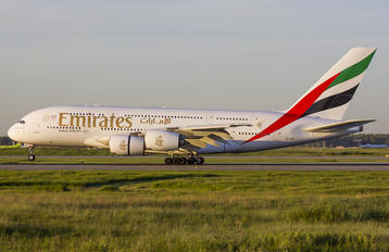 A6-EDO - Emirates Airlines Airbus A380