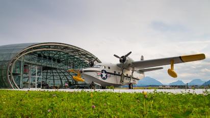 N7025N - Private Grumman HU-16C Albatross