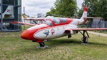 1H-0730 - Poland - Air Force: White & Red Iskras PZL TS-11 Iskra aircraft