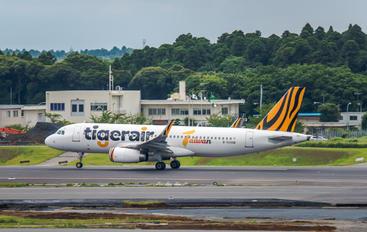 B-50008 - Tigerair Taiwan Airbus A320