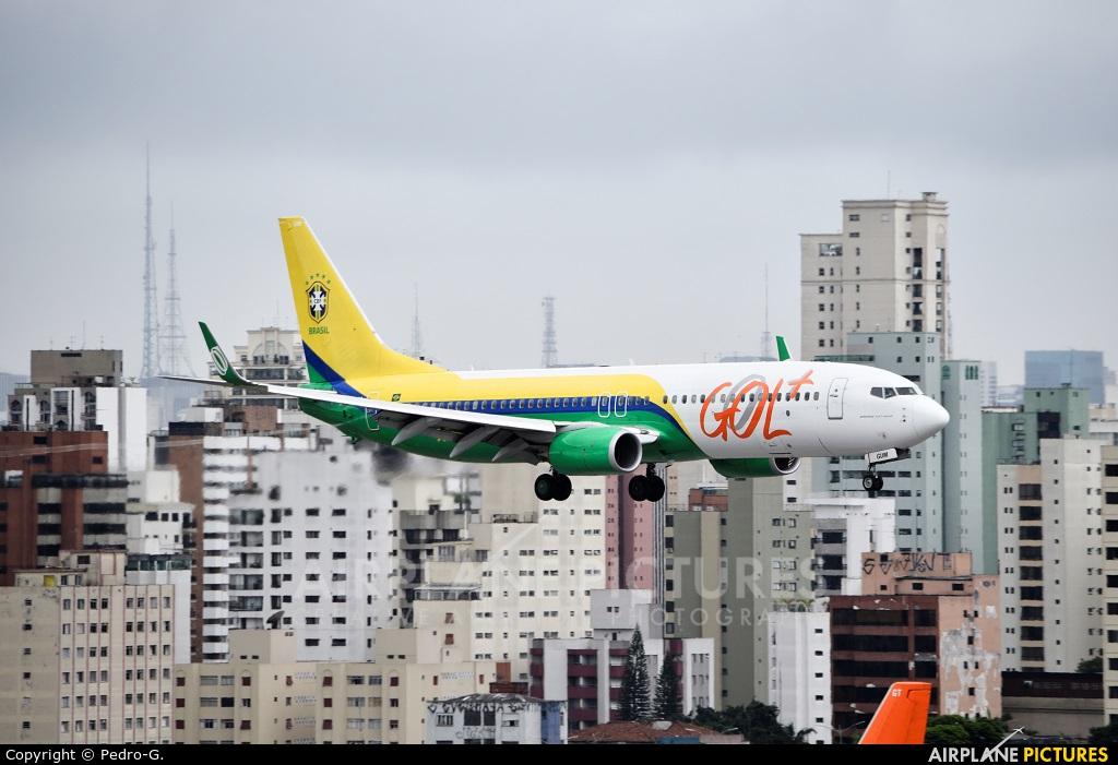 GOL Transportes Aéreos  PR-GUM aircraft at São Paulo - Congonhas