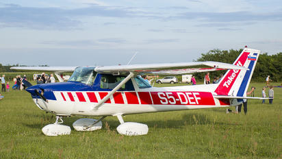 S5-DEF - Private Cessna 150